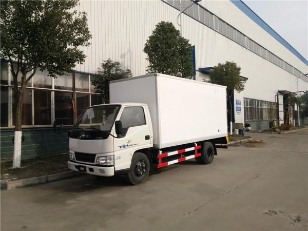 江铃・顺达4.2米冷藏车